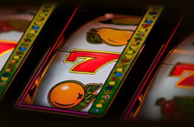 Скачать бесплатно игровые автоматы клубнички